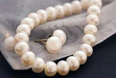 perl ожерелья стоковые фото