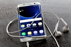 Perla di bianco del bordo della galassia S7 di Samsung Fotografie Stock