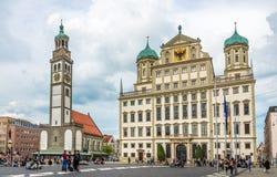 Perlach wierza i urzędu miasta budynek przy rynkiem Augsburski - Niemcy Obrazy Stock