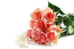 Perlas color de rosa del color de rosa fotos de archivo libres de regalías