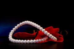 Perlas del bolso Foto de archivo libre de regalías