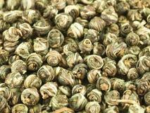Perlas del té verde chino Imágenes de archivo libres de regalías