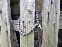 Perle del rosario e un incrocio Fotografia Stock