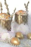 Perle della lanugine del dolce dell'uovo di Pasqua Immagine Stock
