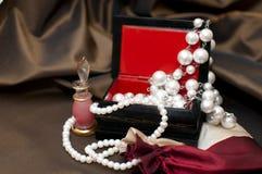Perle nella casella fotografia stock