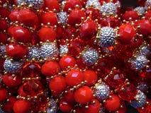 Perle rosse e d'argento Fotografie Stock Libere da Diritti