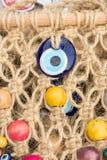 Perle turque d'oeil mauvais comme souvenir d'amulette photographie stock libre de droits