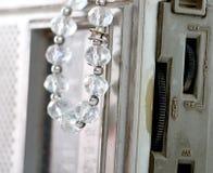 Perlen gemacht von den Edelsteinsteinen Lizenzfreie Stockfotografie