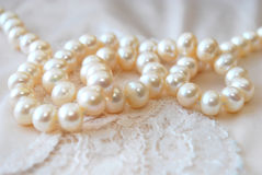 Perlen-Halskette Stockfotografie