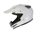 Perlen Sie den weißen Motocrossmotorradsturzhelm, der auf weißem Hintergrund lokalisiert wird Lizenzfreie Stockfotografie