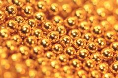 Perles comestibles d'or de sucre Image stock