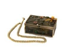 Perles décoratives de boîte à bijoux et de perle Photos stock