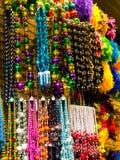 Perles de la Nouvelle-Orléans dans une fenêtre de magasin Images stock