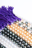 Perles et chaîne de caractères de couleur Photo libre de droits
