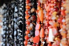 Perles faites en pierre photographie stock libre de droits