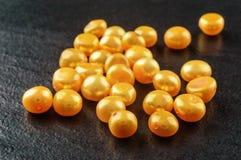 Perles jaunes Image libre de droits