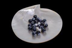 Perles noires et blanches Image stock