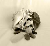 Perls e anel cristal Imagem de Stock Royalty Free