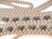 Perlt Halskettenschmucksachen Stockfoto