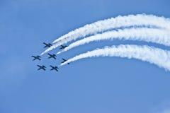 Perlustri l'aereo di combattimento fotografia stock libera da diritti
