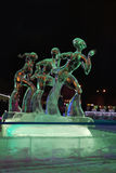 PERM, ΡΩΣΊΑ - 11 ΙΑΝΟΥΑΡΊΟΥ 2014: Φωτισμένο γλυπτό τρία αριθμός Στοκ εικόνα με δικαίωμα ελεύθερης χρήσης