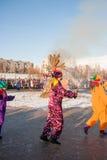 PERM, ΡΩΣΊΑ - 13 Μαρτίου 2016: Καίγοντας ομοιώματα καρναβαλιού Στοκ Εικόνες