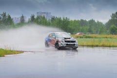 PERM ROSJA, JUL, - 22, 2017: Sportowy samochód przy Otwartym Ural mistrzostwem Zdjęcie Stock