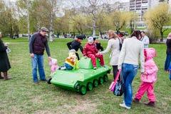 Perm Rosja, Maj, - 09 2016: Dzieci i dorosli Obraz Stock