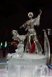 PERMANENT, RUSLAND - 11 JANUARI, 2014: Het kunstschaatsen van het ijsbeeldhouwwerk Royalty-vrije Stock Foto