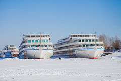 Permanent, 11 Rusland-Maart 2017: De winterlandschap met zeilboten Royalty-vrije Stock Foto