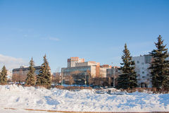 PERMANENT, RUSLAND - Maart 13, 2016: Het landschap van de stadswinter Royalty-vrije Stock Afbeeldingen