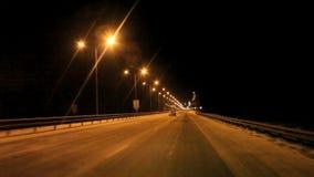 Permanent Ryssland - nattlandskap med trafik lager videofilmer