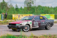 PERMANENTE, RÚSSIA - 22 DE JULHO DE 2017: Carro rápido de derivação no autódromo Fotografia de Stock