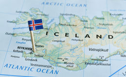 Perno della bandiera della mappa dell'Islanda Immagini Stock