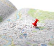Perno di spinta della mappa della destinazione di viaggio Immagini Stock Libere da Diritti