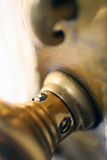 Perno e serratura di portello d'ottone Fotografia Stock Libera da Diritti