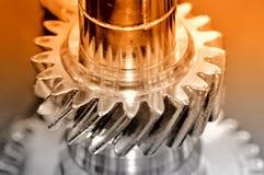 Perno ed ingranaggio di metallo d'acciaio con una filettatura Immagini Stock