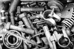 Pernos y nueces oxidados viejos Fotos de archivo libres de regalías