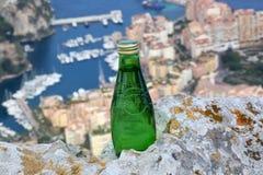 Perrier Fonkelend Natuurlijk Mineraalwater Stock Foto