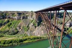 Perrine Bridge över Snake River, i morgonen, Idaho royaltyfri foto