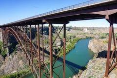 Perrine Bridge över Snake River, i morgonen, Idaho arkivfoto