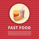 Perrito caliente con las fritadas y el cartel de la taza de la soda Imagen coloreada historieta linda de los alimentos de prepara Fotografía de archivo libre de regalías