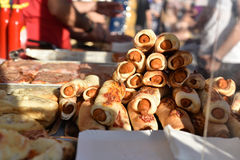 Perrito caliente y pizza italianos Fotos de archivo libres de regalías
