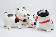 Perro de cerámica de la familia Imágenes de archivo libres de regalías