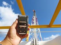 Pers?nlicher H2S-Gas-Detektor, Kontrollgasleck Sicherheitskonzept des Sicherheitssystems stockfotos