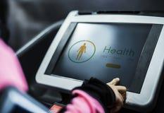 Perseguidor de la salud en la herramienta del ejercicio Fotografía de archivo