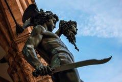 Perseo mit der Medusenhauptstatue Stockfotos
