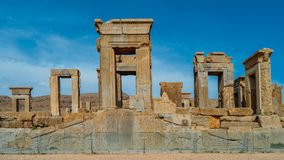 Persepolis var den ceremoniella huvudstaden av Achaemenidvälden ca 550 330 F. KR. placeras det 60 km nordost av staden av Shiraz Arkivbild