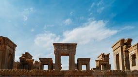 Persepolis var den ceremoniella huvudstaden av Achaemenidvälden ca 550 330 F. KR. placeras det 60 km nordost av staden av Shiraz Royaltyfri Fotografi