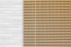 Persianas de madera de la ventana Imágenes de archivo libres de regalías